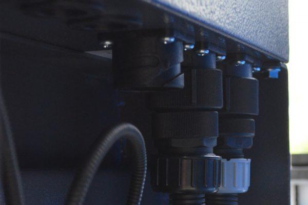 ottimo grado di resistenza con connettori plug in